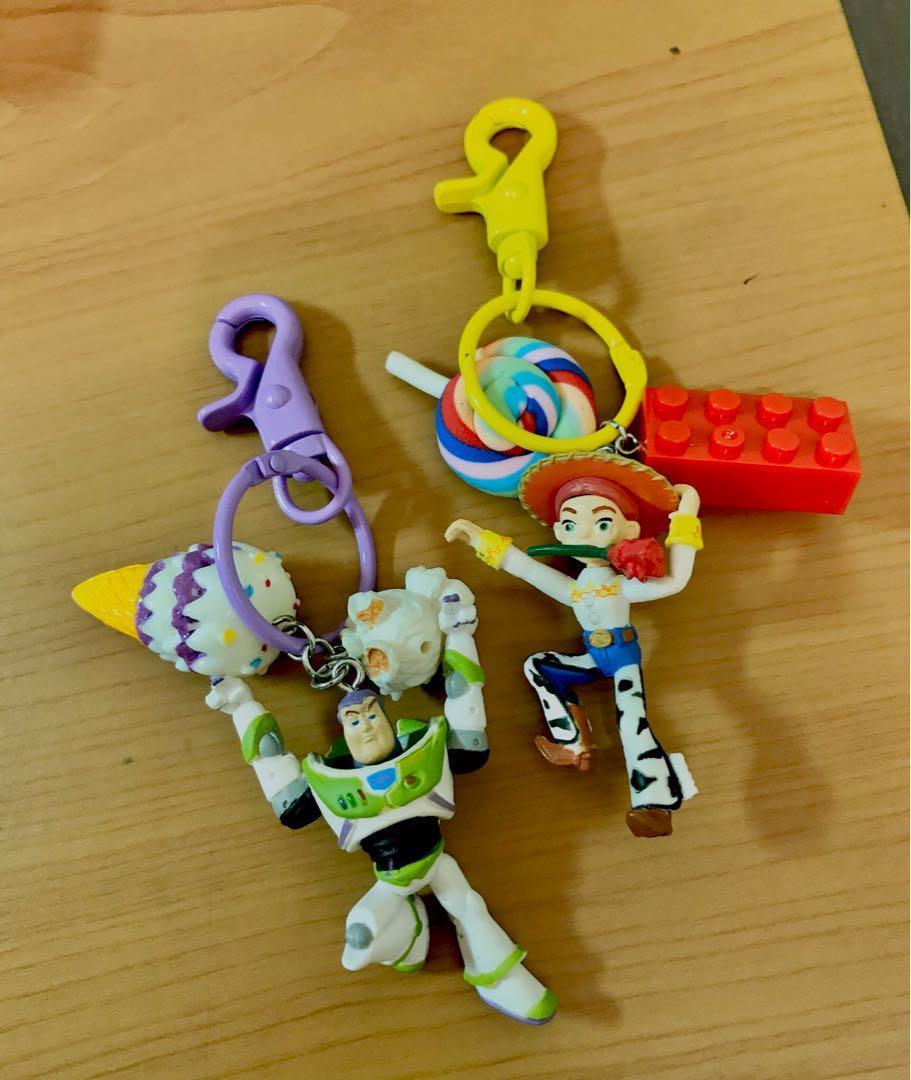 超可愛!玩具總動員手作吊飾!