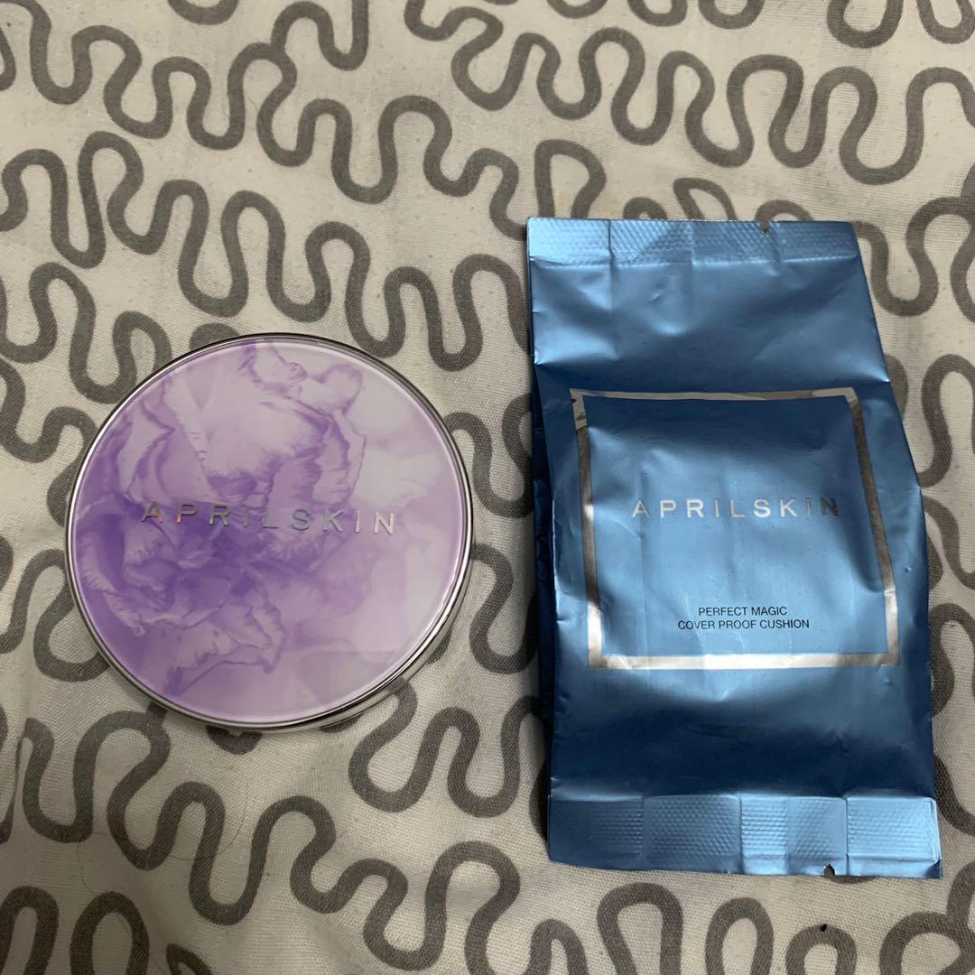 April skin  magic Essence shower cushion