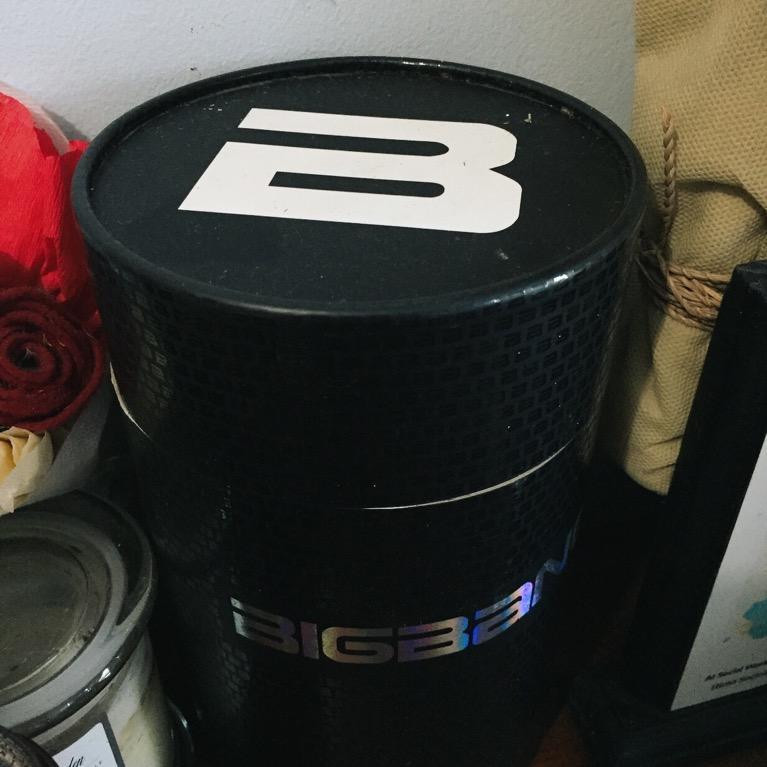 BIGBANG ORIGINAL LIGHT STICK - V.I.Ps! This one is waiting for you!