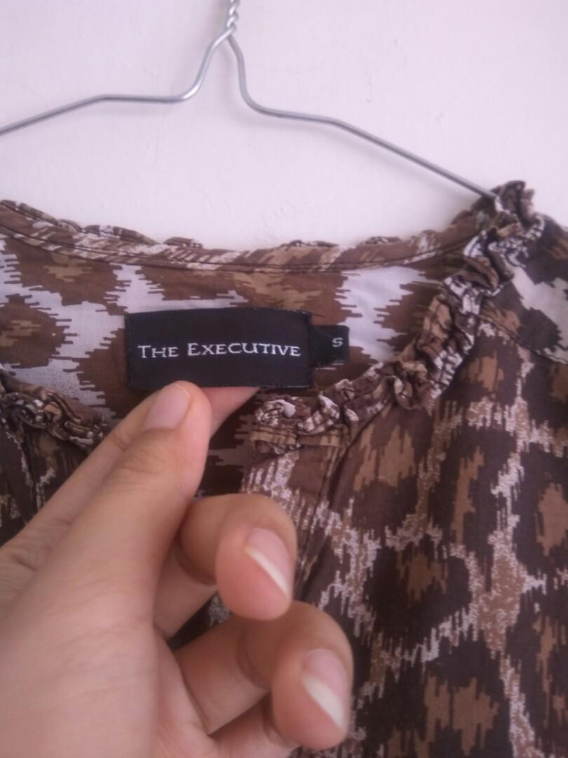 Blouse The Executive