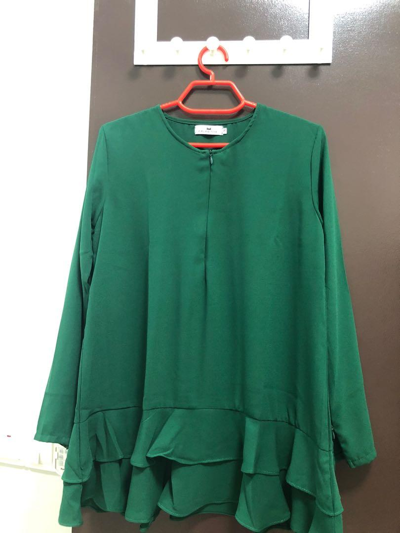 CalaQisya blouse in size S