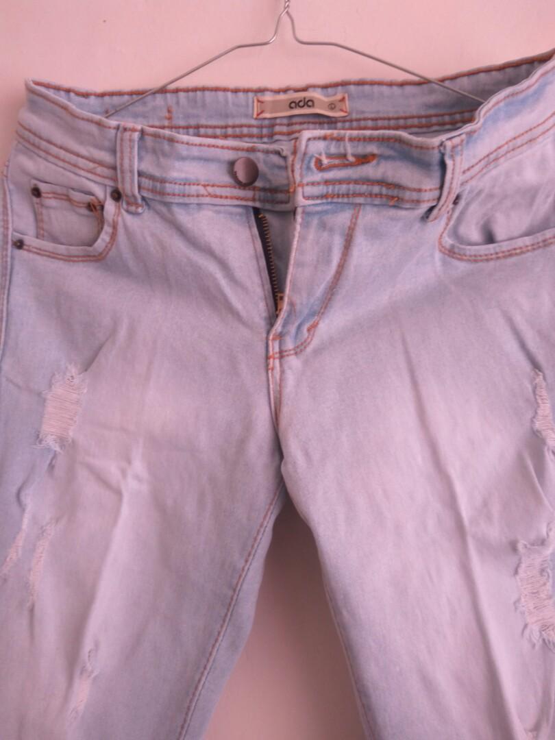 Celana jeans robek merk Ada
