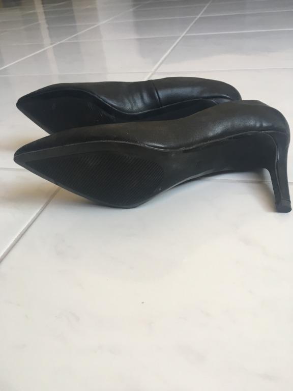 H&M Brand New Size 38 (AU 7) Black Stiletto Pumps Court Heels Faux Leather