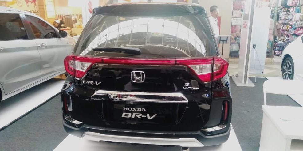 Honda BRV E CVT, Promo akhir tahun.. Cashback puluhan jutaaa rupiahhhhhh