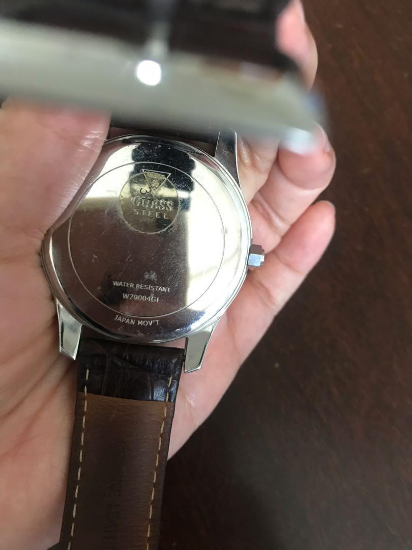 Jam tangan Guess Watch Digital Brown Leather kulit coklat unisex pria wanita