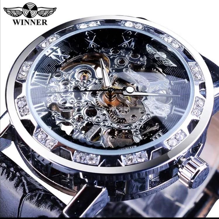 Retro luminous dismond display transparent hand watch