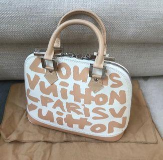 Authentic louis vuitton alma grafiti '01