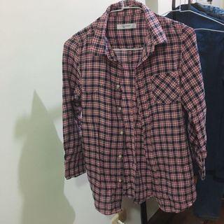 玫瑰紅格子襯衫