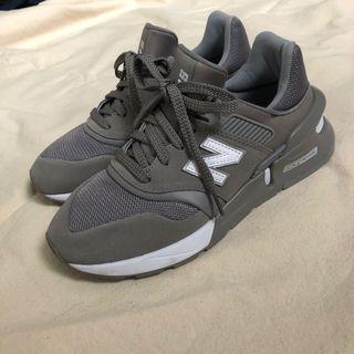 New balance 997HR 紐巴倫 nb grey