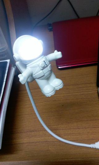 太空人USB小燈