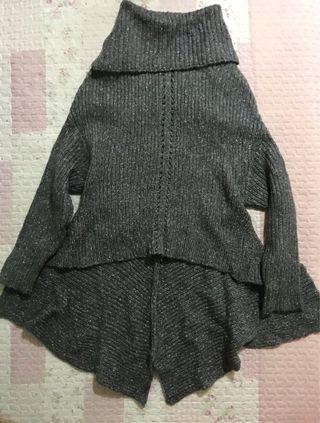 翻領造型魚尾前短後長毛衣