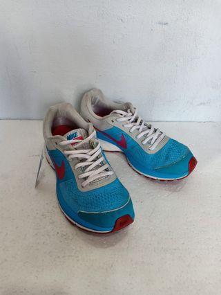 Nike Pegasus +30 GS Sneakers