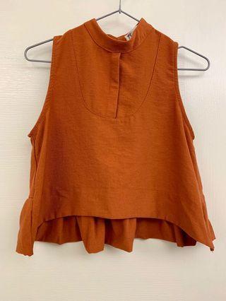 顯瘦傘狀削肩背心 磚橘色 夏末初秋必備