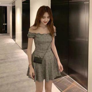 BN offshoulder dress
