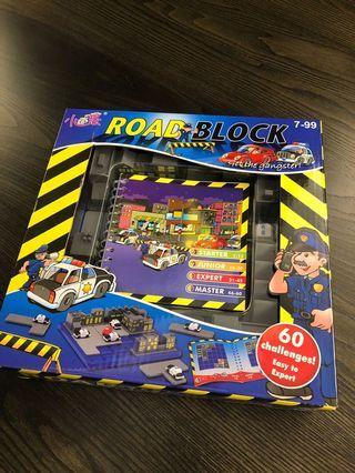[二手]小乖蛋 驚險攔截 ROAD SLOCK 益智玩具