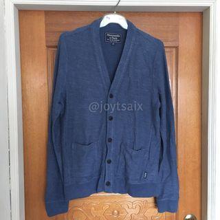 僅試穿 A&F 男生M號 鈕扣式針織衫開襟衫毛衣外套針織外套 藍 Abercrombie & Fitch