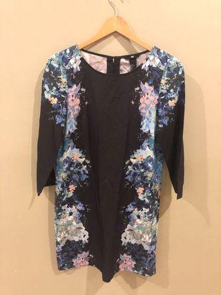 Pre Loved: size XS H&M dress