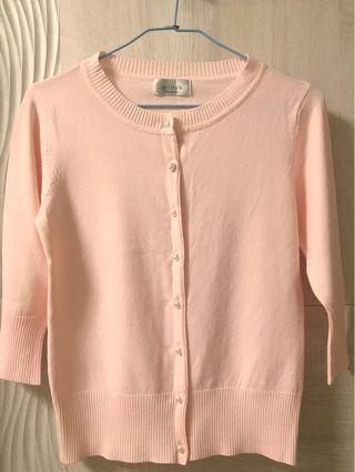 粉色 針織 外套 珍珠 鈕扣 七分袖