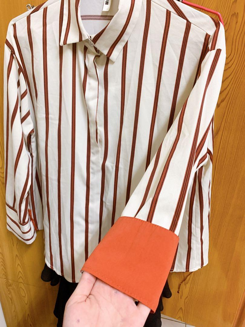 袖子可反折🙆🏻♀️夏日條紋上衣/防曬衫
