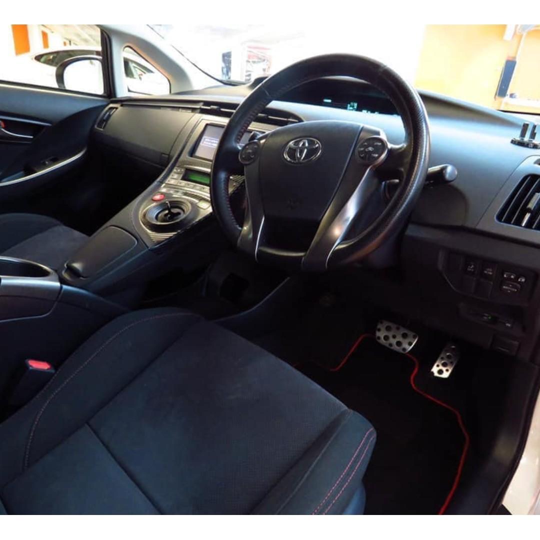 2014 Toyota Prius G'S