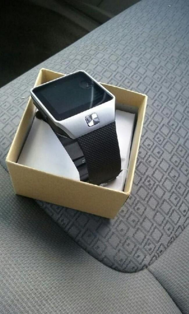 New Bluetooth Camera Smartphone Watch