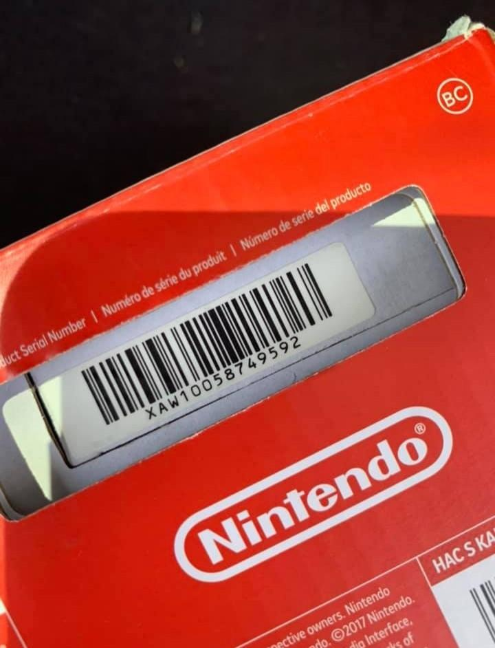 Nintendo Switch ( NEW )