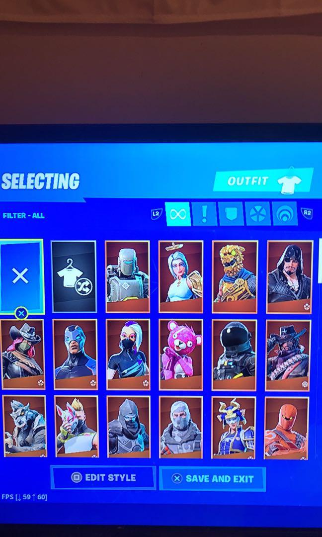 PS4 Slim WITH fortnite account,and more. Read description for more info.