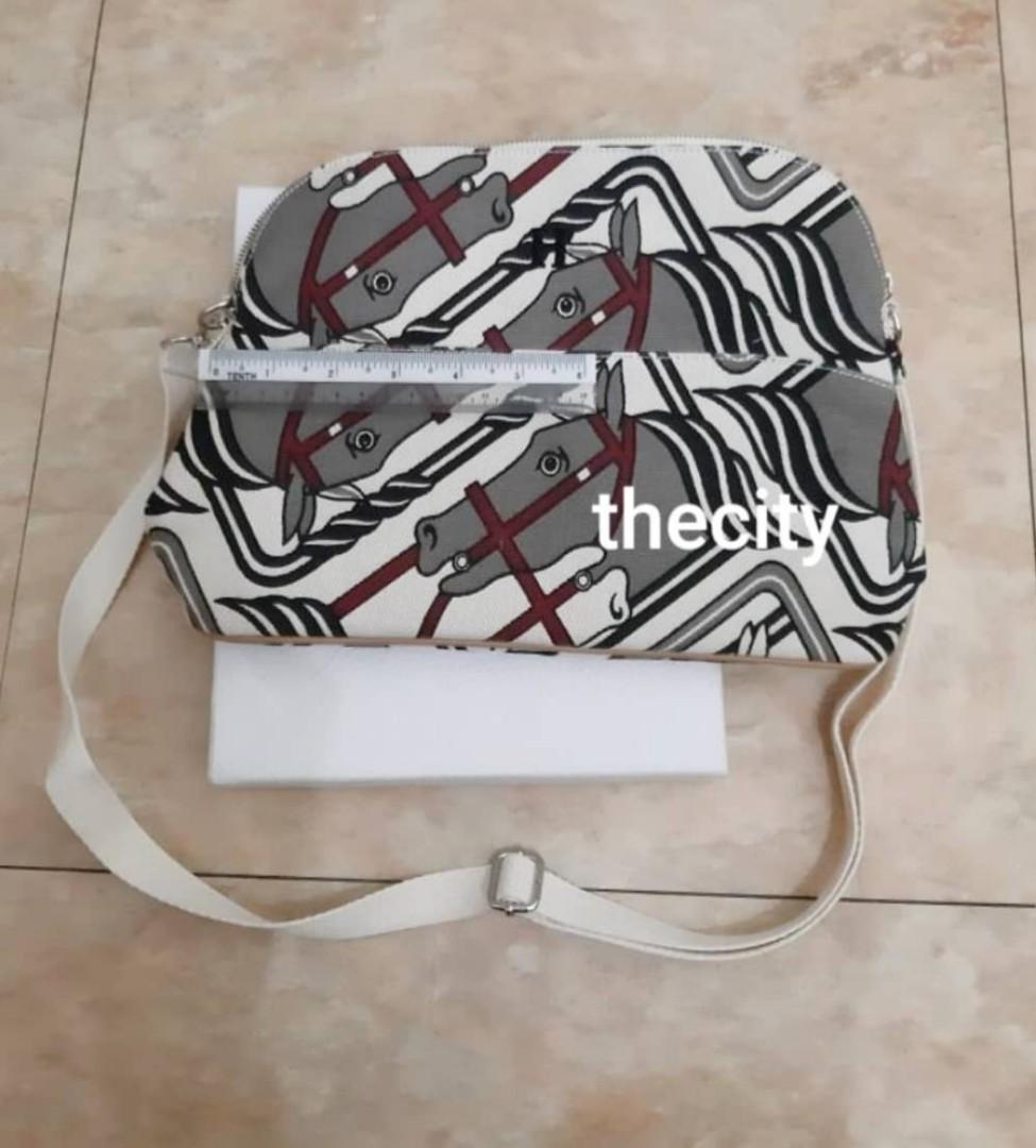 VINTAGE HERMES EQUESTRIAN STEEPLE LARGE CANVAS POUCH - HERMES JAPAN CUSTOM ORDERED ITEM (HERMES BABY DEPT.) - COMES WITH EXTRA ADD HOOKS & LONG STRAP FOR SLING - CLEAN INTERIOR & EXTERIOR - WITHOUT TAGS - (HERMES CANVAS BAGS NOW RETAIL OVER RM 10,000+)