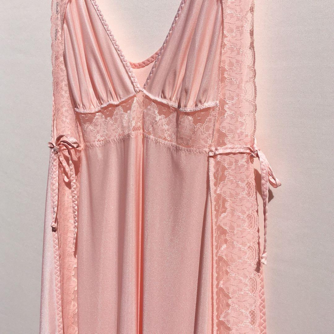 Vintage peach satin maxi nightgown with open tie sides fits S-l