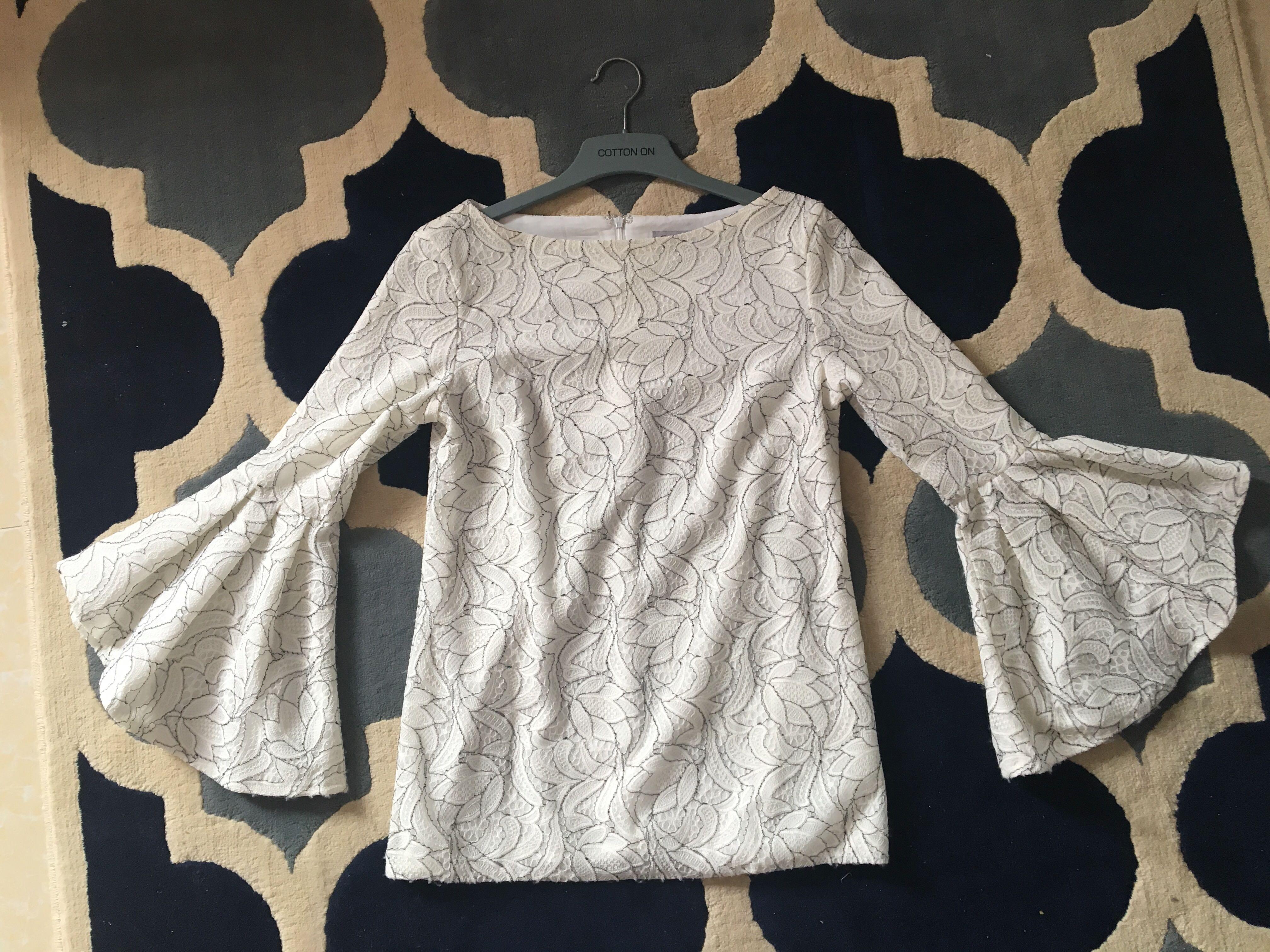 Zalia lace blouse