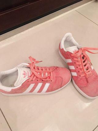 愛迪達正貨 Adidas Gazelle  三葉草 蜜桃粉色 麂皮 板鞋 休閒鞋 女鞋 經典鞋款
