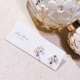 全新925純銀耳環 梅花精緻小巧耳勾式