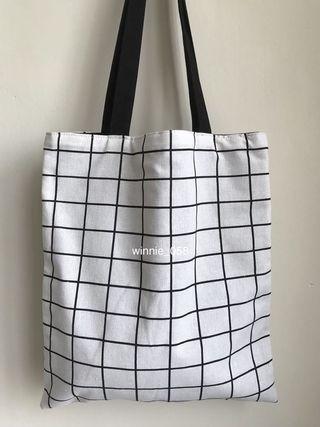 (降價)全新 黑色帆布包 百搭雙面格子手提袋大方包側背包