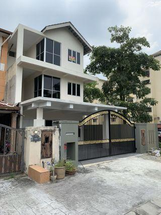 3 STOREY HOUSE TAMAN SUBANG INTAN, SHAH ALAM 2 End lot, fully extended front & back