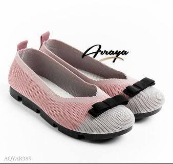 #Arraya  Flyknit Flat. Series AQYAR389. Colours : White, Blue, Pink, Gray. Insole : 36 : 22.5 cm 37 : 23 cm 38 : 23.5 cm 39 : 24 cm 40 : 24.5 cm Heels : 3 cm  ORIGINAL Brand.