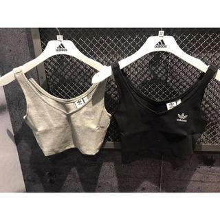 近全新 adidas originals  短版背心 黑色