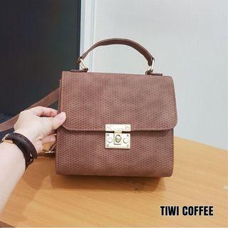 Amavi Bag
