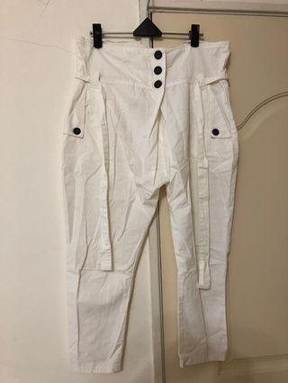 白色麻料飛鼠褲