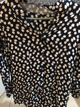 blouse motif