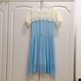 [二手現貨]淺藍色蕾絲雪紡拼接短袖短洋裝