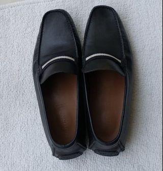 Bally Shoe