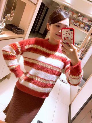紅色超好摸質感毛衣