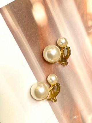 贈!耳夾/雙珍珠扣式耳環