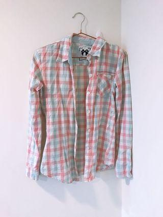 文青淡色紅藍線條格紋襯衫