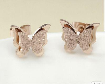 Anting titanium rose gold butterfly