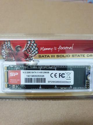 Silicon power 256Gb M.2 SSD