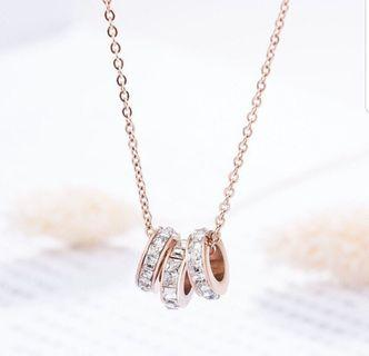 Kalung 3 cincin berlian