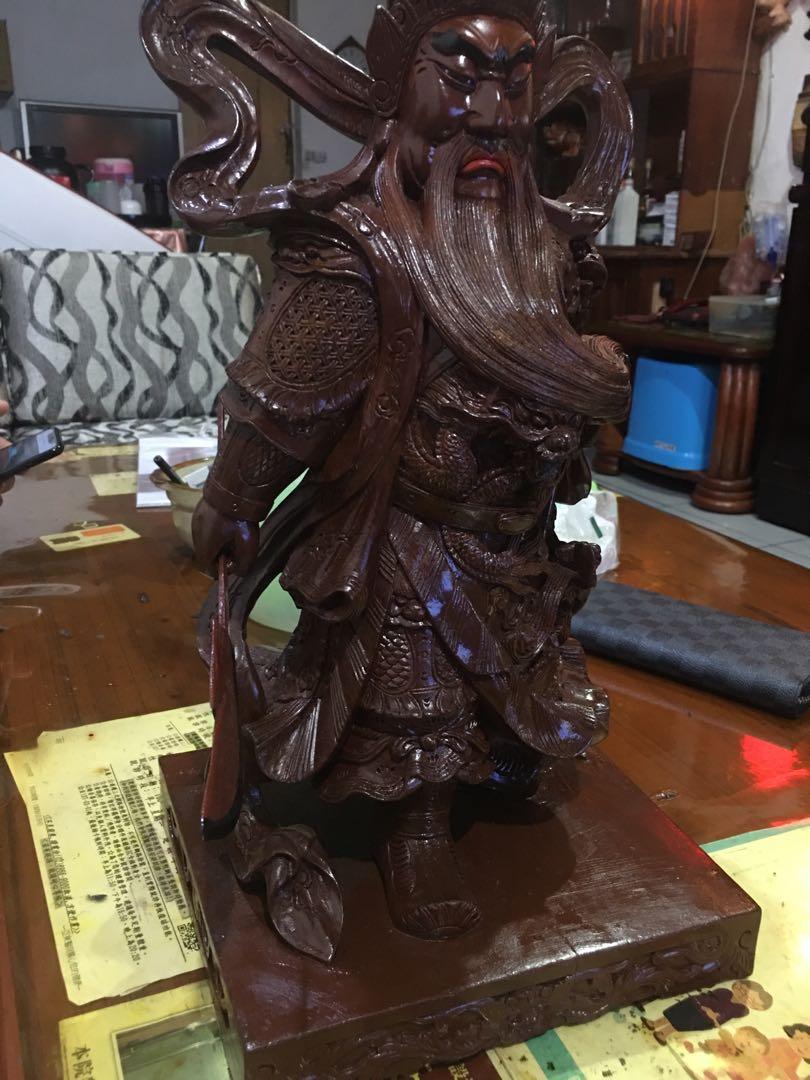 早期關聖帝君木雕像