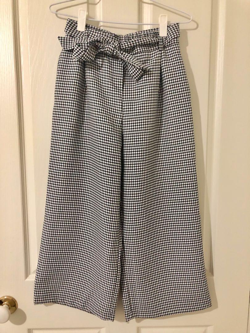 ASOS DESIGN Houndstooth Print Culottes Wide Leg Pants Size 6