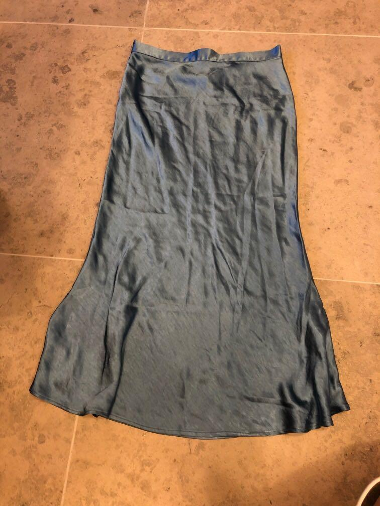Blue Silky Dress 絲質魚尾裙